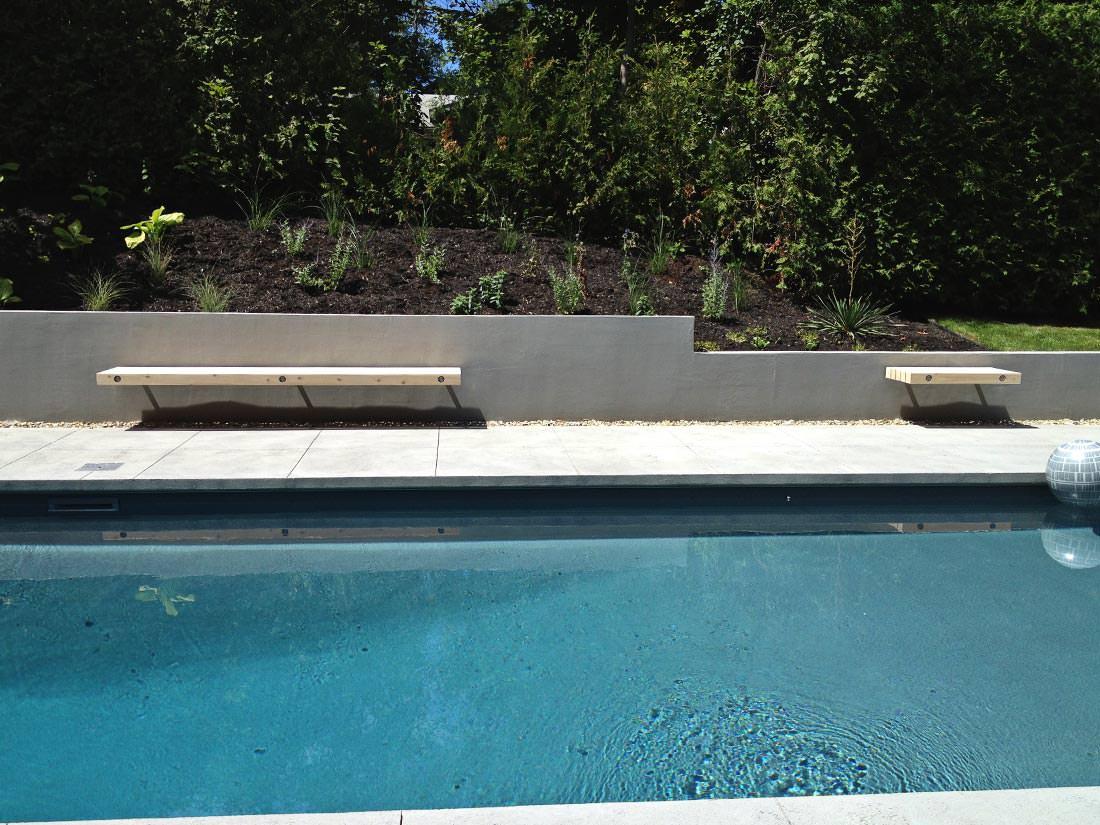 Banquette de piscine